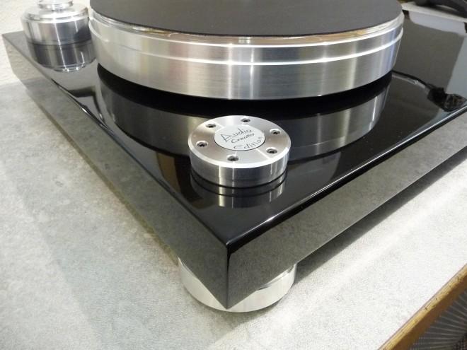 Acoustic-Solid-AC-Edition-schwarz-lack-2