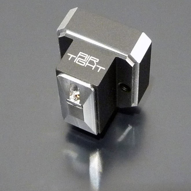 Air Tight PC-7 bird's eye view - Moving Coil Cartridge - MC Tonabnehmer