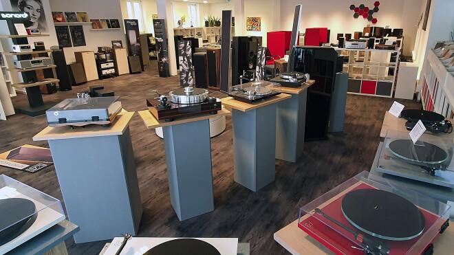 Studio 8 Audio Creativ MArktplatz 9 9339 Riedenburg im Altmühltal Bayern Germany +499442905080 info@audio-creativ.de