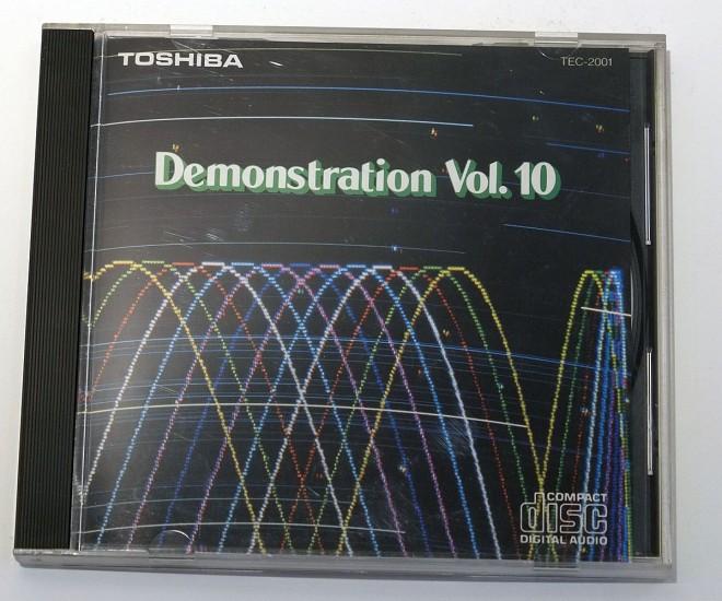 CD-M1318_Toshiba_01