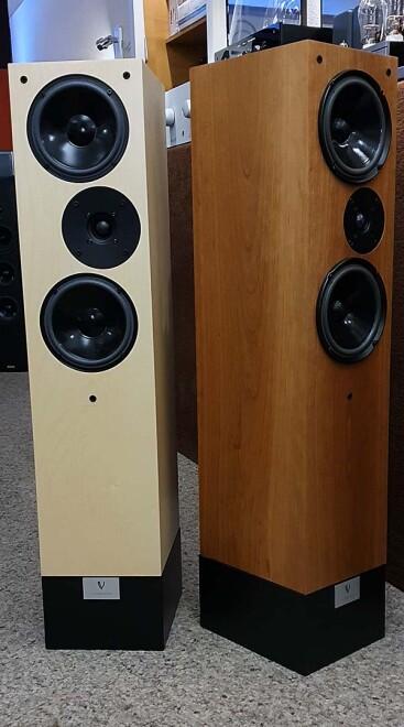 Living Voice R25A