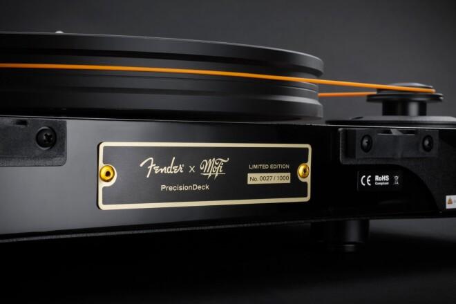 MoFi_Electronics_Fender_PrecisionDeck_Sunburst_09_Detail_Rear_Plate_1500x