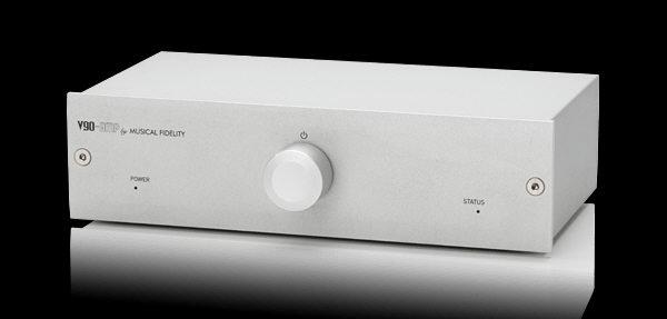 Musical-fidelity-V90-AMP-1
