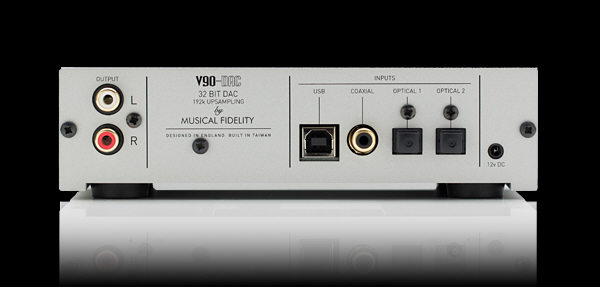 Musical-fidelity-V90-DAC-rear-1