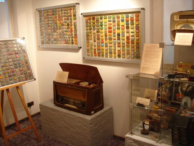 Nr. BA Wandtafel mit Grammophonnadel-1
