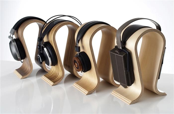 Omega-Kopfhörerständer-Banner-1